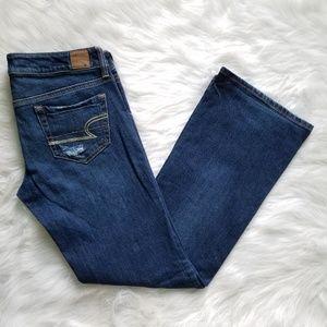 💖 American Eagle Favorite Boyfriend Jeans 6 Short